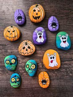 Halloween Rocks, Halloween Drawings, Fall Halloween, Rock Painting Designs, Autumn Painting, Kindness Rocks, Hand Painted Rocks, Rock Crafts, Stone Painting