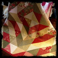 Made this quilt and still have it, I use it at Xmas time. Tina Moda Bake Shop…