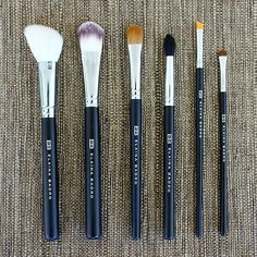 Red carpet or family reunion, you'll look your best with this complete, professional brush set.  It will *almost be like Elaina doing your makeup! Brush Set by Elaina Badro #sneakpeeq