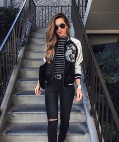Look com bomber jacket Latex Fashion, Tomboy Fashion, Look Fashion, 90s Fashion, Fashion Outfits, Womens Fashion, Look Casual Chic, Casual Looks, Bomber Jacket Outfit