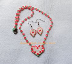 matching flower heart necklace & earring set ~ https://www.facebook.com/pages/Beaded-Moon-Designs/229870373249