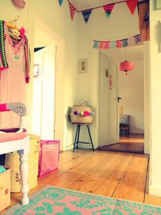 http://jansschwester.blogspot.de/2015/08/happy-house-nice-things-8.html