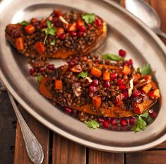 Sweet Potato and Lentil Stew with Pecan and Pomegranate Hello Chef, Potato Boats, Fussy Eaters, Lentil Stew, Create A Recipe, Chef Recipes, Us Foods, Pomegranate, Granada