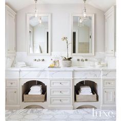 """188 Likes, 4 Comments - Rachel Joy (@joyfulderivatives) on Instagram: """"I was looking up inspiration for bathrooms with wall mounted faucets this morning and came across…"""""""