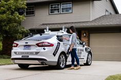 Dominos Pizza and Ford are collaborating on a study to understand the role that self-driving vehicles can play in pizza delivery. The autonomous