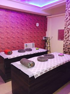 Beauty Salons Service Center in Noida Sec-53 India