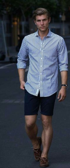 Preppy Men, Preppy Style, Style Men, Preppy Outfits, Casual Summer Outfits, Vogue, Herren Outfit, Summer Shirts, Casual Shirts