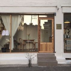 Home Decoration Online Stores Cafe Shop Design, Store Design, Cafe Exterior, Interior And Exterior, Cafe Restaurant, Restaurant Design, Korean Cafe, Cafe Window, Shop Facade