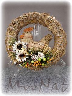 * MooNat *: Sielsko wiejsko, czyli słoma na Wielkanoc