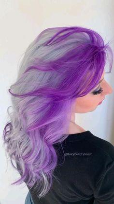 Cute Hair Colors, Pretty Hair Color, Beautiful Hair Color, Hair Dye Colors, Dyed Hair Purple, Hair Color Purple, Hair Color And Cut, Hair Color Streaks, Hair Highlights
