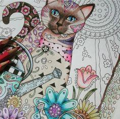 Inspirational Coloring Pages por Dri Veras #inspiração #coloringbooks #livrosdecolorir #jardimsecreto #secretgarden #florestaencantada #enchantedforest #reinoanimal #animalkingdom #adultcoloring #milliemarotta #cat #gatos