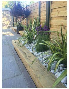 Backyard Garden Design, Backyard Fences, Patio Fence, Patio Wall, Backyard Designs, Modern Landscaping, Front Yard Landscaping, Landscaping Ideas, Patio Ideas