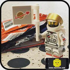 2. Astronauta ok!  Pronto haciendo fotos... www.legofotos.com 2016 Lego Fotos Fotografía: @PPlotzin  #suculentas y #deliciosas #fotos  #nikon #legophotography #legovideos  #disney #legostagram  #legominifigs #brickfans #creative #legos #bricks #art #bricknetwork #toy #build #creation  #minifigure #minifigures  #legoland #astronaut #space #make #ready by legofotos_