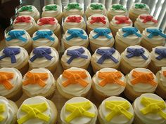 Karate Belt Cupcakes- I am thinking of upcoming Black Belt Extravaganzas!