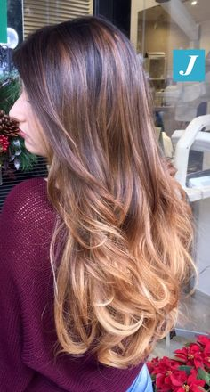 Originali sfumature di Degradé Joelle. #cdj #degradejoelle #tagliopuntearia #degradé #igers #musthave #hair #hairstyle #haircolour #haircut #longhair #ootd #hairfashion