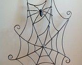 Ähnliche Artikel wie Spinnennetz und Spinne geschmiedete Stahlskulptur, Metall Wand-Kunst-Kunst. Perfekte unheimlich und gruselig Halloween Dekoration oder Geschenk für den Horrorfan auf Etsy