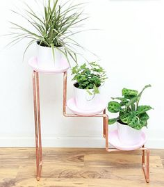 How to make diy copper projects for diy home decor that are modern and creative. These crafty copper pipe diy tutorials show you how to make DIY home decor and furniture. Some of these piping projects include shelving, wall sconce, lamp, mirror, vase, side table, ladder and even a laptop table. These tutorials show you just how easy and versatile copper pipes can be. We've taken away all the guess work on things to make with copper pipe with these incredible tutorials. For even more di...