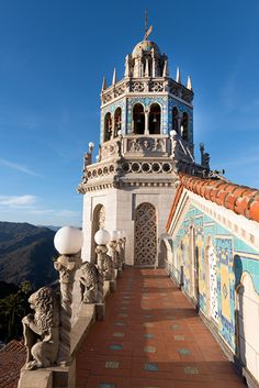 Parapet leading to bell tower, Hearst Castle, San Simeon, CA. Photographer Carol M. Highsmith's America, Library of Congress Prints and Photographs Division. Beautiful Castles, Beautiful Buildings, Beautiful Places, San Diego, San Francisco, Amazing Architecture, Architecture Details, San Simeon, Second Empire