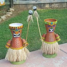 My clay pot Tiki boys Best DIY Flower Pot Ideas and Designs Plant flower pot ideas and design from Used Item - The visibility of plants in the house does not only work as decorations, but likewise other benefits. Arts And Crafts Style Furniture Refferal: Flower Pot Art, Clay Flower Pots, Flower Pot Crafts, Clay Pot Crafts, Flower Pot Design, Flower Pot People, Clay Pot People, Painted Clay Pots, Painted Flower Pots