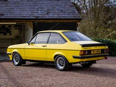 Classic Fords For Sale, Ford Classic Cars, Ford Motorsport, Mk 1, Car Goals, Heavy Machinery, Ford Escort, Colour Yellow, Old Cars