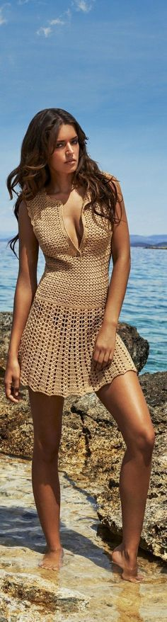 Crochet poncho outfit products 16 new Ideas Pull Crochet, Crochet Poncho, Knit Dress, Dress Skirt, Poncho Outfit, Swimwear 2015, Mode Chanel, Fashion Outfits, Womens Fashion