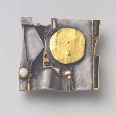 hermann juenger, brosche, 1965 - gold, silver, emerald, moonstone, enamel