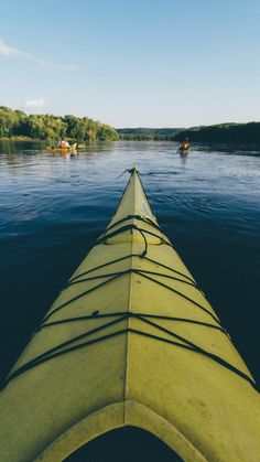 Kayak the Mississippi River and Lake Pepin with Broken Paddle Guiding Explore Minnesota #OnlyInMN