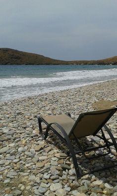 Delfini Beach (Παραλία Δελφίνι) in Κίνι, Κυκλάδες