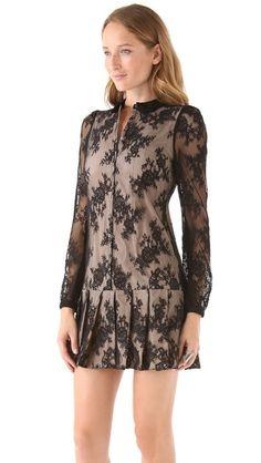 Vestido chemise de rendas pretas - http://vestidododia.com.br/modelos-de-vestido/vestidos-chemise/vestidos-chemise/ #fashion #dresses #lace