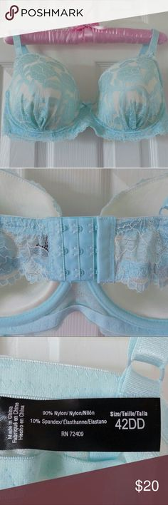 NWOT Aqua Lace Oh So Fab Bra - Plus Beautiful lace-laden bra accented with sturdy underwire cups and subtle padding. Rene Rofe Intimates & Sleepwear Bras