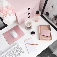 Pretty chic home office workspace inspiration ideas. White, pink, and gold offic… Pretty chic home office workspace inspiration ideas. White, pink, and gold office inspiration. Home Office Space, Office Workspace, Home Office Desks, Office Furniture, Cheap Furniture, Bedroom Furniture, Workspace Inspiration, Decoration Inspiration, Room Inspiration