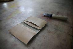 """좋아요 35개, 댓글 1개 - Instagram의 SONG'S LAW(@songslaw.kr)님: """"SONG'S LAW Leather. Bespoke Card Wallet. 언제나 신중하게. #songslaw #cardwallet #leather #bespoke #ctc…"""""""