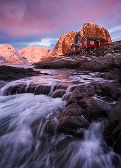 Hamnoy Flow by Felix Inden on 500px