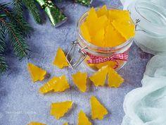 A bolti gumicukor egészséges változata, ez a házilag, villámgyorsan és könnyen elkészíthető narancsos gumicukor. Karácsonyra tökéletes gasztroajándék lehet.