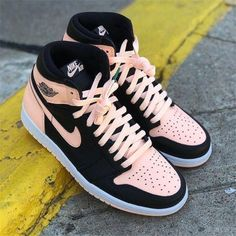 online with free delivery Which are the Best Nike Zumba Shoes for Women?Which are the Best Nike Zumba Shoes for Women? Zapatillas Nike Jordan, Tenis Nike Air, Nike Shoes Air Force, Air Jordan Sneakers, Air Force Sneakers, Moda Sneakers, Shoes Sneakers, Women's Shoes, Shoes Style