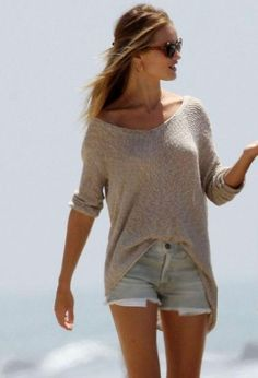 Helmut Lang Pullover & Denim Shorts