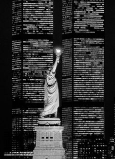 Statue of Liberty and the Twin Towers back in time NYC