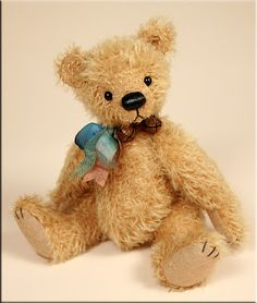 A rare little bear I just finished!  #teddy bear created by Paula Carter.