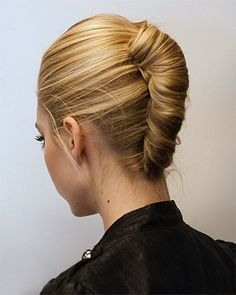 Trendy Hairstyles For Shoulder Length Hair Smart French Twist Easy Updo Hairstyles, My Hairstyle, Elegant Hairstyles, Hair Updo, Hairstyles 2016, Medieval Hairstyles, Hairstyle Tutorials, Afro Hair, Formal Hairstyles