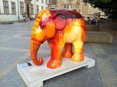 Elefant im Feuer, Luxembourg