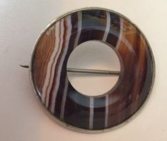 Victorian Brooch Scottish Agate Banded