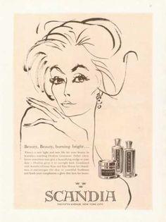 Scandia Ovaline Creme Rose Eau Mauve Art Photo (1961)