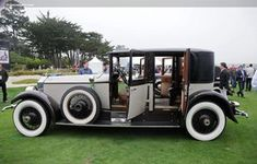 1927 Rolls-Royce Phantom I - The former paint was removed to un-earth the original coat beneath it!
