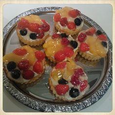 tartelettes aux fruits / marjatorttuja
