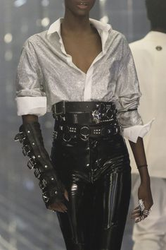 Philipp Plein at Milan Fashion Week Spring 2019 - Details Runway Photos Best Picture For Runway Fashion sheer For Your Taste You are looking for something, and it is going to tell you exactly what you Fashion Moda, Look Fashion, Runway Fashion, Fashion Outfits, Milan Fashion, High Fashion, Queer Fashion, Androgynous Fashion, Fetish Fashion