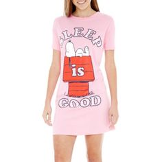 Sleep is good, but Snoopy makes it better with our super-cute cotton nightshirt.