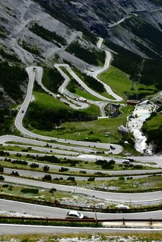 Why can't this amazing piece of road be in Australia? And that I owned a Toyota GT-86 to test it :(