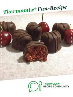 Recipe Cherry Ripe Bites (Gluten, Dairy and Sugar Free) by Thermo Sensation - Recipe of category Desserts & sweets Paleo Treats, No Bake Treats, Yummy Treats, Sweet Treats, Raw Desserts, No Bake Desserts, Bellini Recipe, Coconut Syrup, Sugar Free Sweets