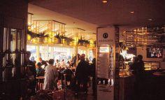 Im Café Kranzler, 1988