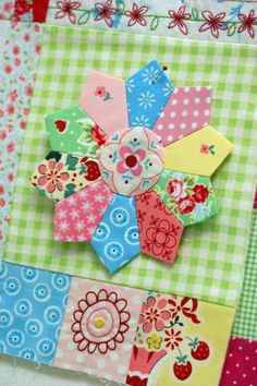 Lovely Dresden quilt block from Leanne's House by Leanne Beasley